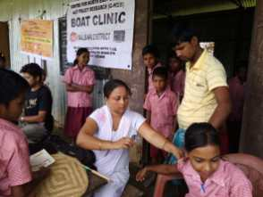 Boat Clinic Nurses vaccinating school children as part of the MR campaign at Baramara L.P. School, Tupkarchar