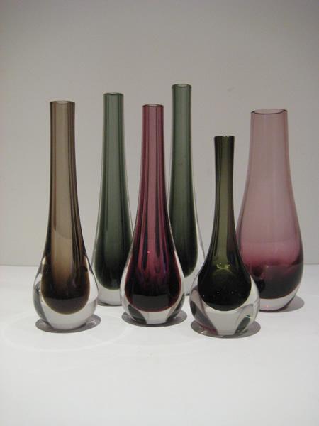 Whitefriars and Caithness bud vases
