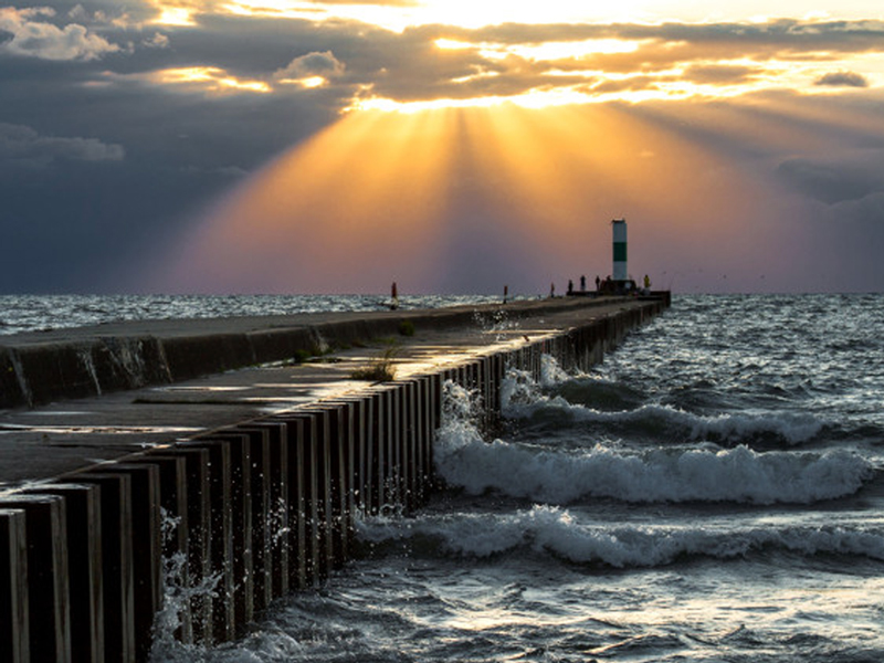 photograph of the north pier in grand haven, michigan