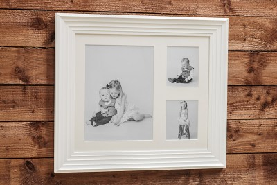 """Deco Frame - 24""""x20"""" - Template Used = DT-114 - 24x20 (16x12 + 6x7 x2) - Frame = White / Mount - Minuet / Glass = Yes"""