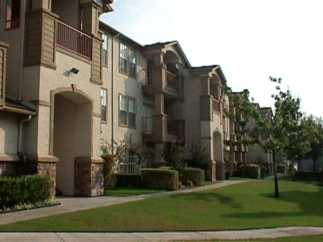 Stone Ridge in Dallas TX  View Photos Floorplans  Pricing
