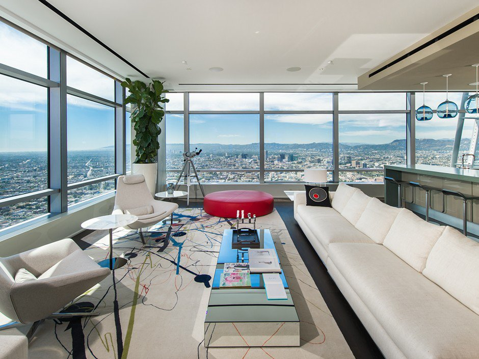 51A Duplex Penthouse atop The RitzCarlton Residences in