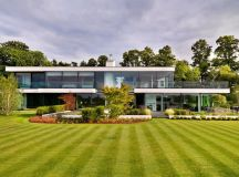 Modern Berkshire Home near River Thames by Gregory ...
