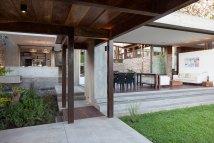 Modern House Design Garden