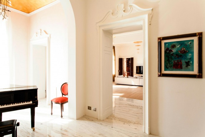 Elegant-River-Apartment-in-Turin-by-deamicisarchitetti-07