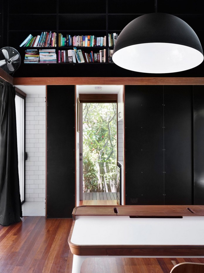 Oxlade-Drive-House-by-James-Russell-Architect-12