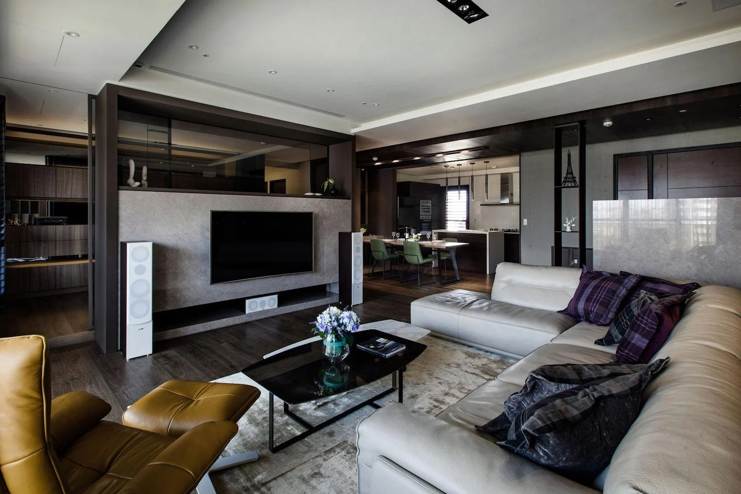 Lins Modern Apartment in Kaohsiung City Taiwan designed by PMD  CAANdesign  Architecture and