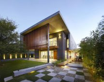 Wolf Architects Design House Modern Villa With