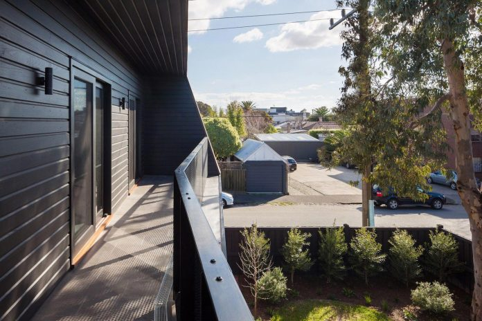 Reconfiguration and extension of an Edwardian weatherboard house in the Melbourne suburb of
