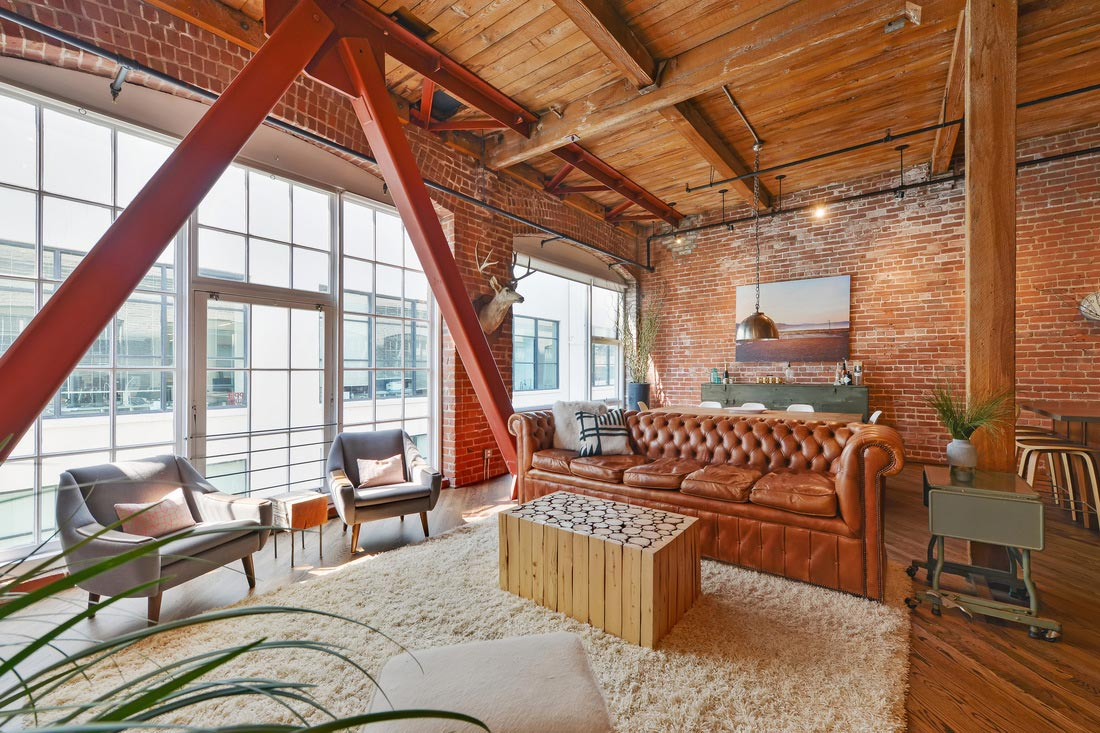 Brick loft situated in San Francisco designed by Melissa