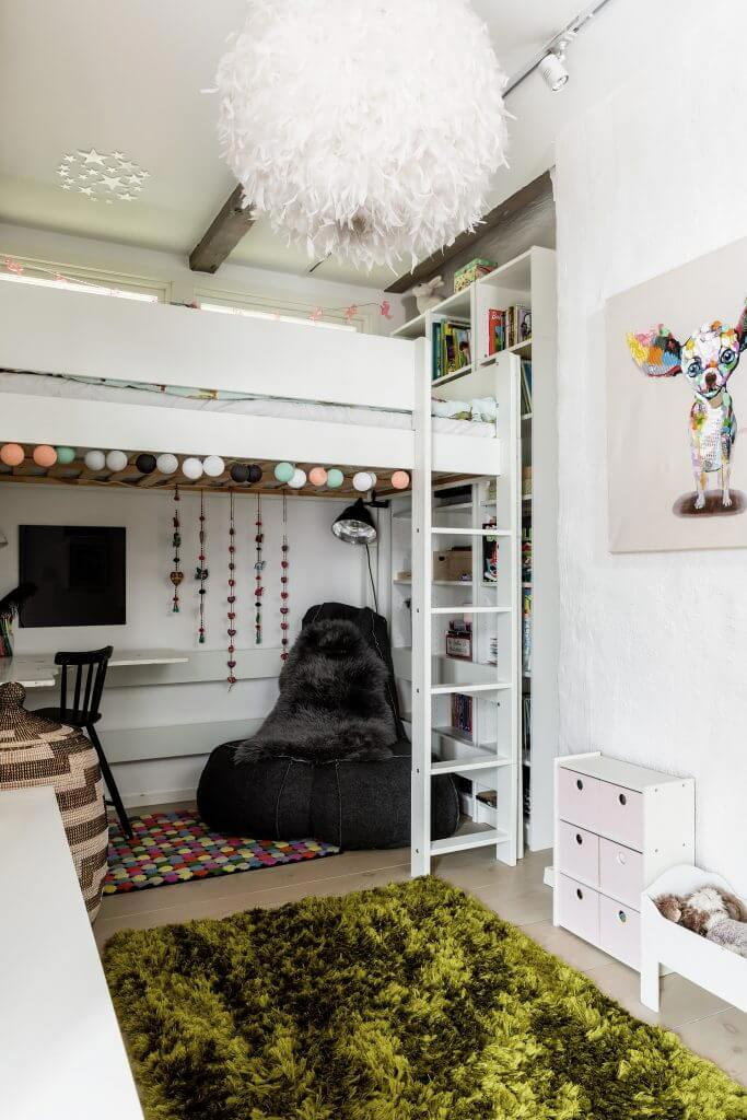Chic Redesign Of An Scandinavian Style Attic Located In