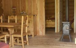 Un intérieur chaud, en bois massif