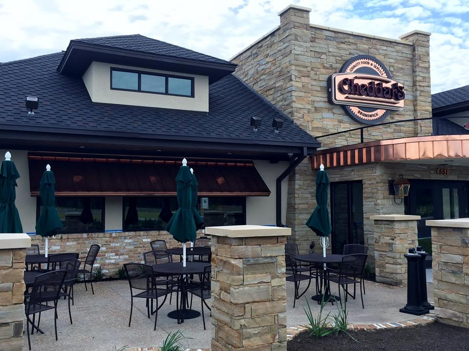 Cheddar's Brunswick Store Front