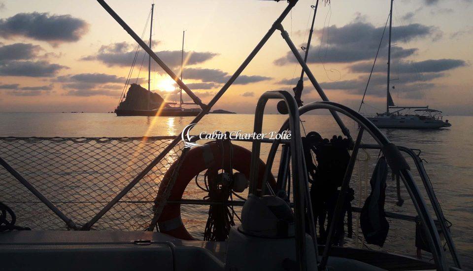 Alicudi - Vacanza in Barca a Vela - Imbarco a Cabina - Single - Cabin Charter Eolie - Sicilia - Italy