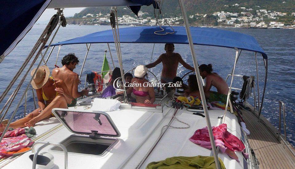 Festa di Compleanno - Barca a Vela Cabin Charter Eolie
