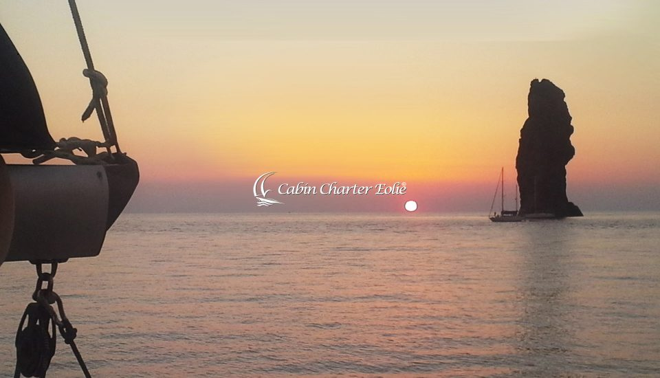 Vacanza in Barca a Vela - Cabin Charter Eolie - Sicilia - Italy