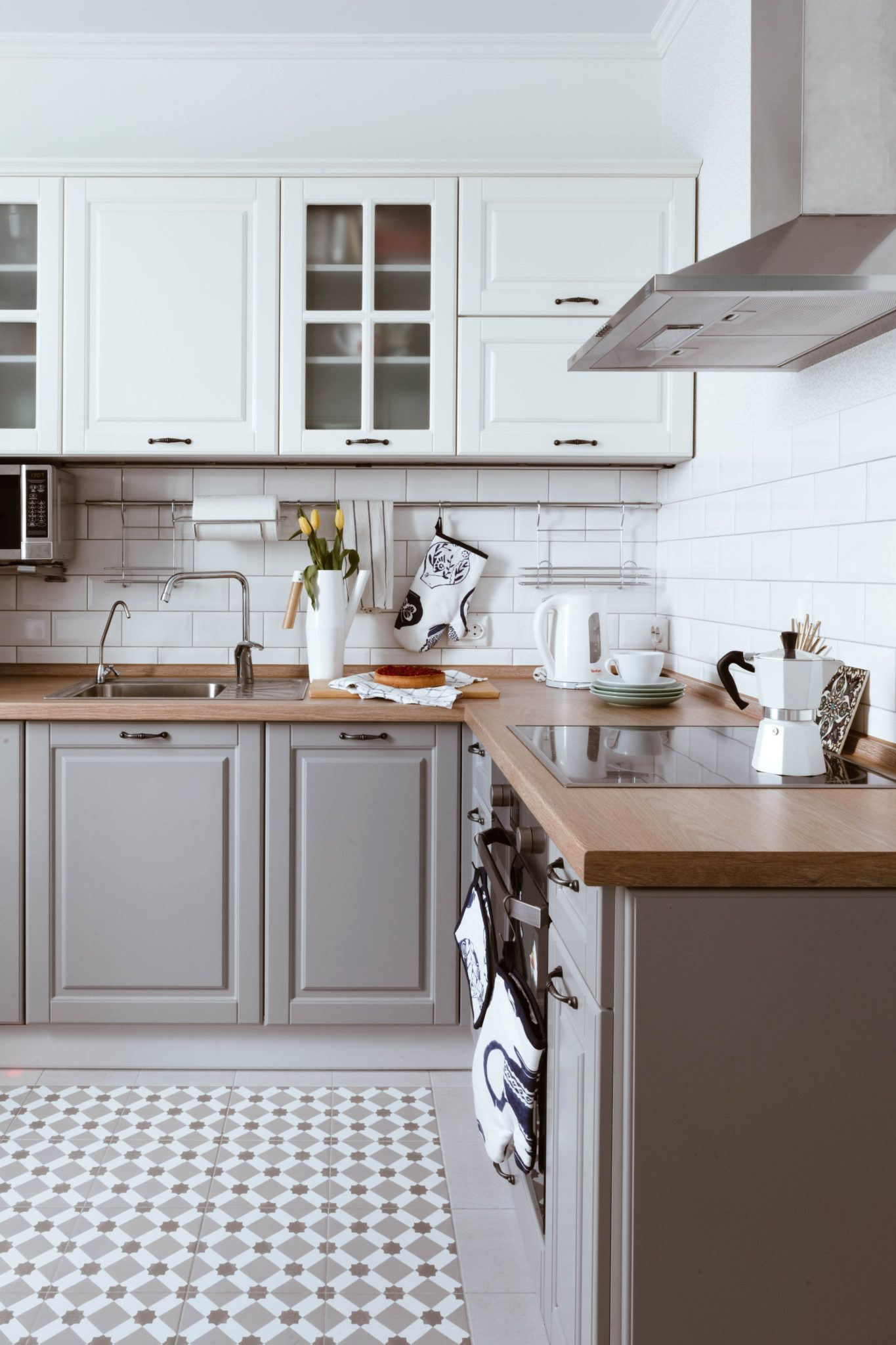 Cabinet Makeovers  Ladner  Tsawassen BC  Kitchen Cabinets