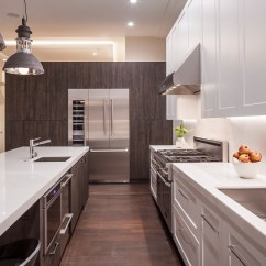 Natural Maple Kitchen Cabinets Paint For Walls Contemporary | & Beyond