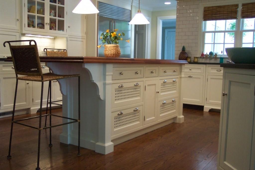 Three Mistakes To Avoid When Installing Custom Kitchen Islands