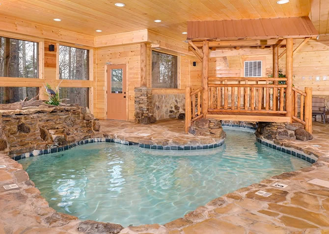 Luxury Cabins in Gatlinburg and Pigeon Forge TN