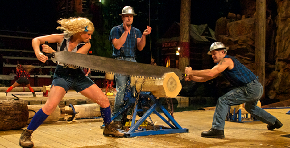 Lumberjack Feud Dinner Theater Show in Pigeon Forge