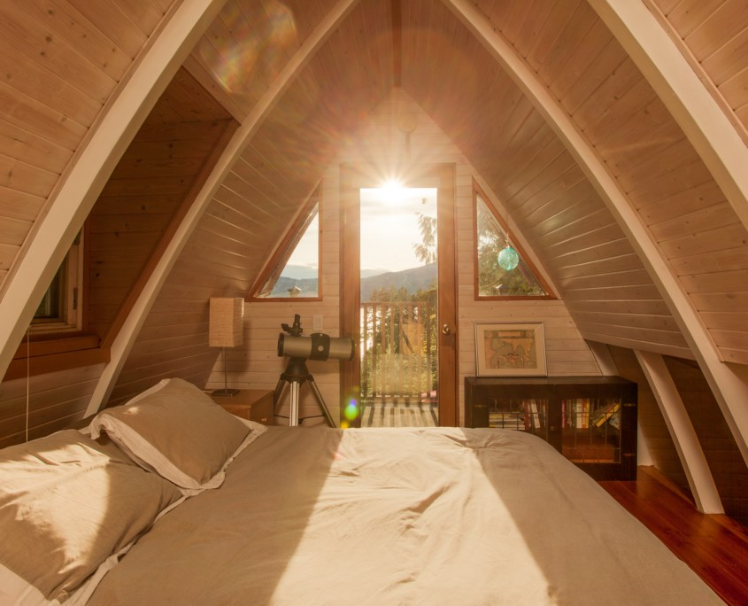 sunshine-coast-cabins-alfie-a-frame-bedroom