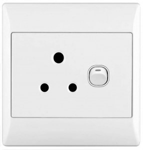 CableFree AC Mains Plugs Sockets Type D
