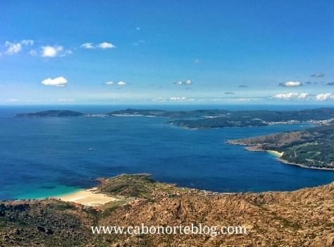 Fisterra e Ría de Corcubión e Cée desde o cumio do Monte Pindo