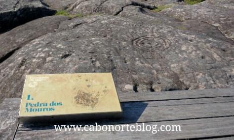 A Laxe dos Mouros, Mogor, petroglifos