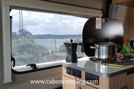 Cocinando con buenas vistas
