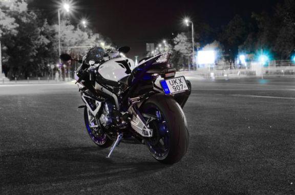 BMW Motorrad HP4 in Romania-1