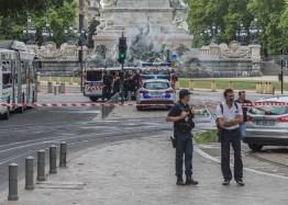 Bordeaux Bomb Alert (1 of 6)