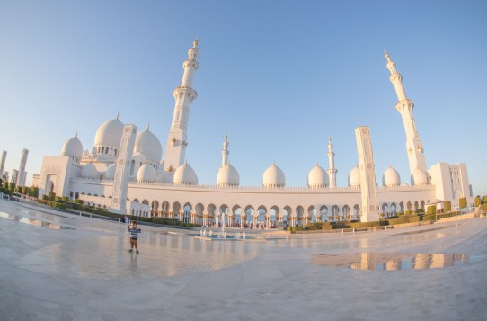 Abu Dhabi - White Mosque - perfect pictures - mici (122 of 131)