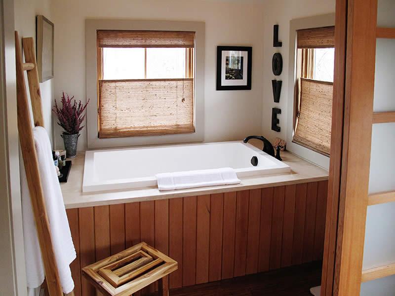 Calyx Deep Soaking Bath Minimal Deep Soaking Tub