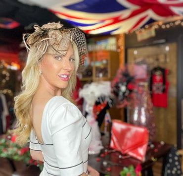 英国时尚设计师ICJUK老好莱坞魅力接近伊芙道斯