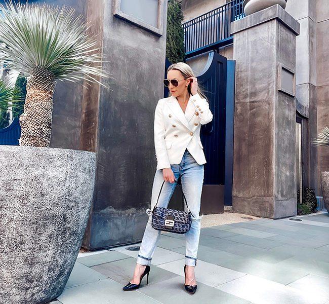 运动夹克牛仔裤套装女性时尚博主伊芙·道斯