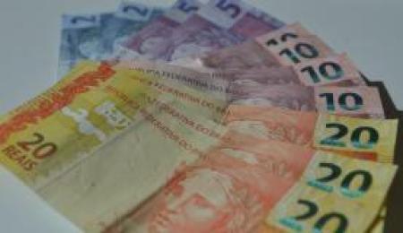 O ICF apresentou alta de 3,3% em julho na comparação com o mês anterior, ao registrar 65 pontos, ante os 63 vistos em junho - Marcello Casal/Agencia Brasil