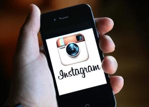 Instagram prueba un botón para interactuar con empresas