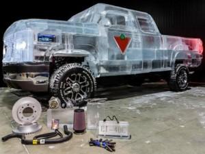 Una camioneta hecha de hielo