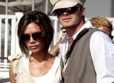 Victoria-y-David-Beckham-300x219