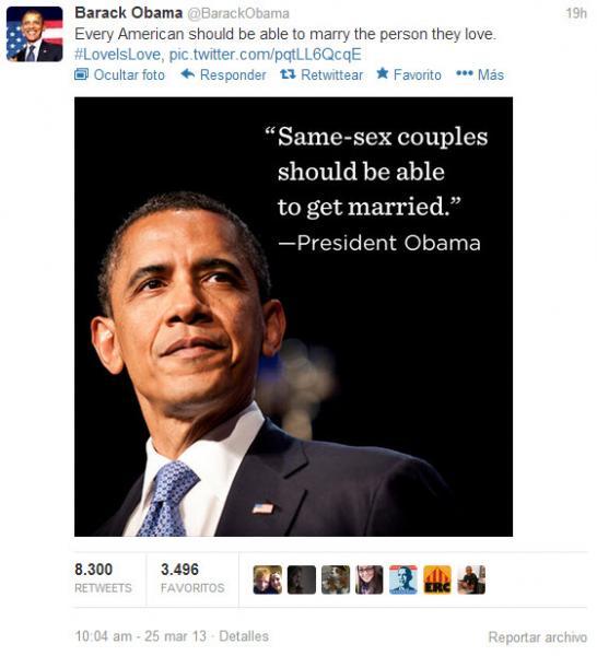 """En Twitter, Obama volvió a respaldar el matrimonio gay al decir que """"cualquier estadounidense debería poder casarse con la persona que ama""""."""