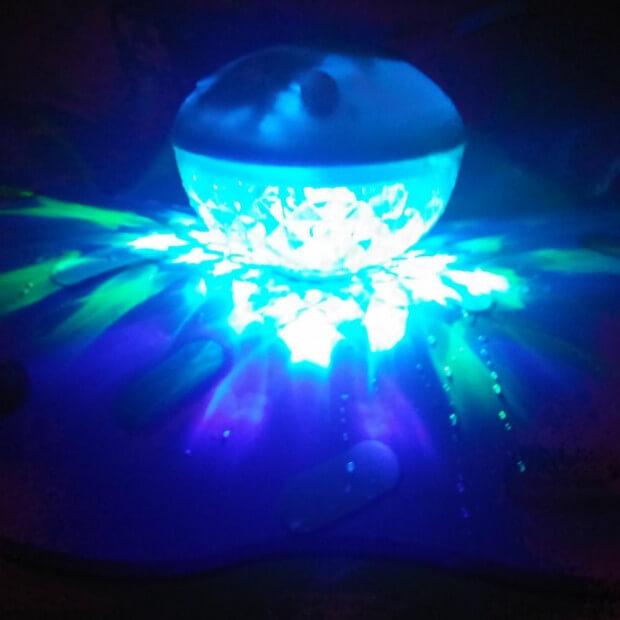 Enceinte Lumineuse pour Piscine PloofBox  Cadeau Maestro