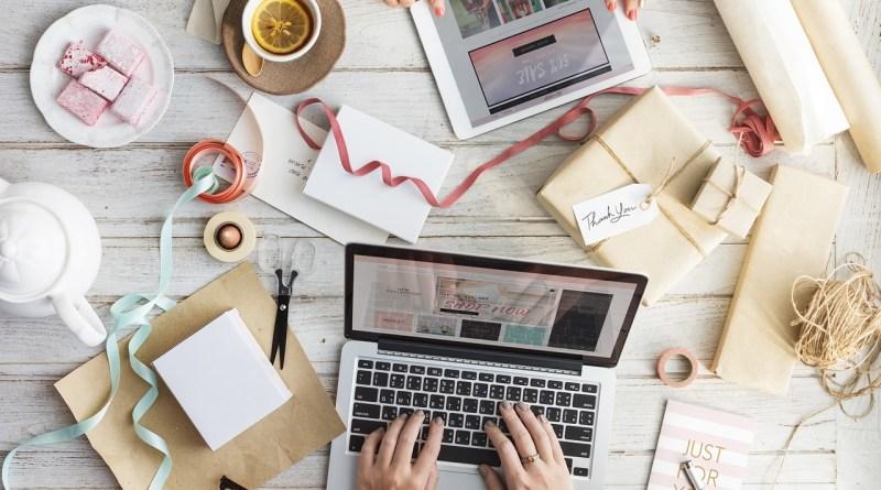 10 conseils essentiels pour trouver le cadeau d'entreprise parfait