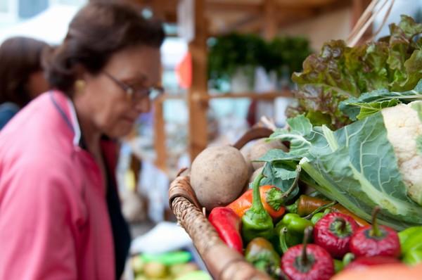 mercato-contadini-pellizzano-biologico