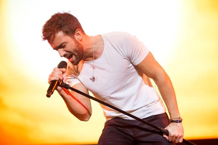 artistas cantantes españoles latinos comenzaron youtube