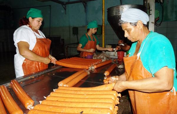 Industria Alimentaria cubana crece, pero no satisface la demanda