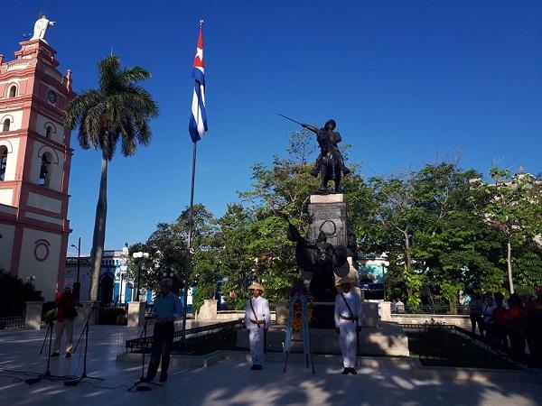 Pueblo de Camagüey rinde homenaje a Ignacio Agramonte a 178 años de su natalicio (+Post y Video)