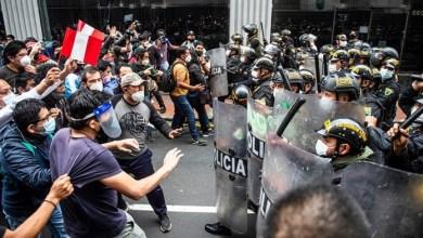 Photo of Perú: protestas, disturbios y represión tras la destitución de Vizcarra