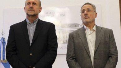 """Photo of El gobernador Perotti vetó las dos leyes """"anti Sain"""""""