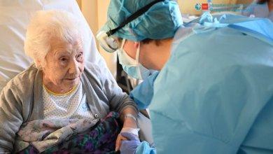 """Photo of Una española de 104 años logró recuperarse del coronavirus: """"es toda una sobreviviente"""""""